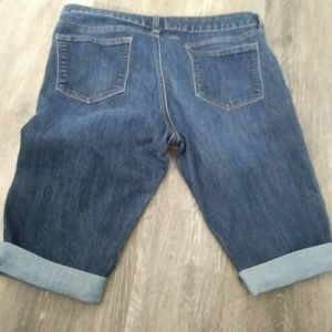 A.N.A Bermuda cut off shorts Sz 12
